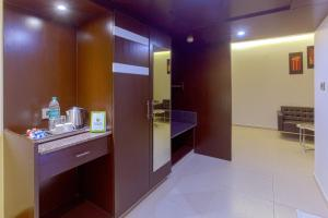 Treebo Grand Premier Suites, Hotels  Bangalore - big - 9
