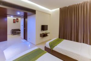 Treebo Grand Premier Suites, Hotely  Bangalore - big - 11
