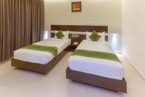 Treebo Grand Premier Suites, Hotels  Bangalore - big - 13