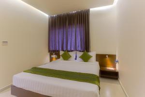 Treebo Grand Premier Suites, Hotels  Bangalore - big - 21
