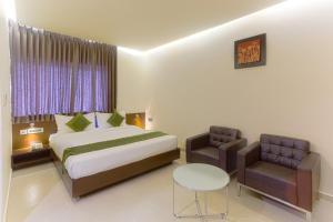 Treebo Grand Premier Suites, Hotely  Bangalore - big - 24