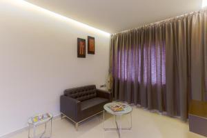 Treebo Grand Premier Suites, Hotels  Bangalore - big - 27