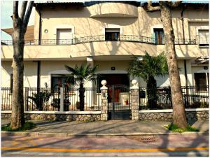 Appartamenti Villa Tonni, Апартаменты  Габичче-Маре - big - 1