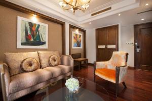 Executive Suite City view