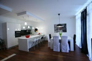 Deluxe Apartment Puntulina
