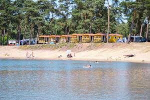 Oostappen Vakantiepark Blauwe Meer, Ломмель