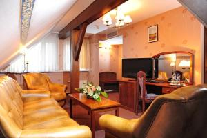 Hotel Bukowy Dworek Geovita, Отели  Лагув - big - 15