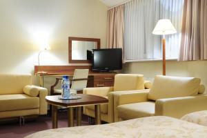 Hotel Bukowy Dworek Geovita, Hotels  Lagow - big - 24