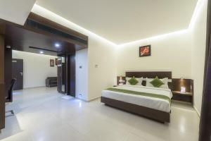 Treebo Grand Premier Suites, Hotely  Bangalore - big - 1