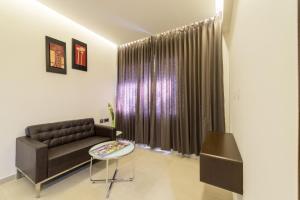 Treebo Grand Premier Suites, Hotely  Bangalore - big - 41