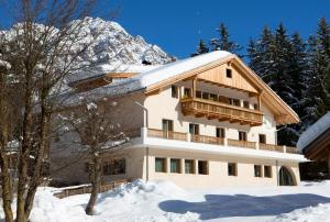 Residence Runcac - AbcAlberghi.com