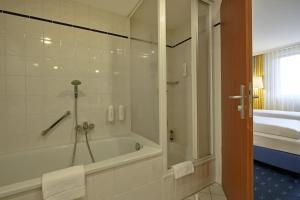 H4 Hotel Kassel, Hotely  Kassel - big - 25