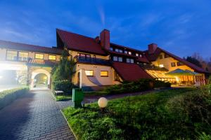 Hotel Bukowy Dworek Geovita, Отели  Лагув - big - 34