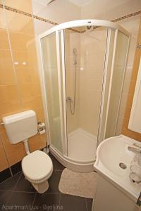 Apartment 18, Apartmány  Bijeljina - big - 8