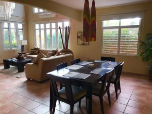 Grand Palm Villa, Ville  Brenas - big - 32