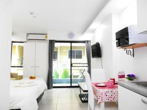 Siam Oriental Tropical Garden Apartments, Apartmány  Pattaya South - big - 17