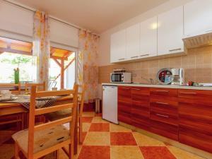 House Kamelija, Ferienhäuser  Dramalj - big - 18