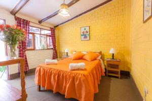 Alojamiento Soledad, Bed and breakfasts  Huaraz - big - 1