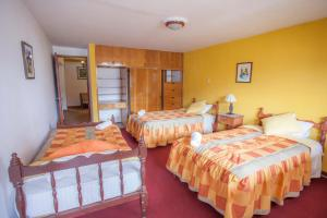 Alojamiento Soledad, Bed and breakfasts  Huaraz - big - 38