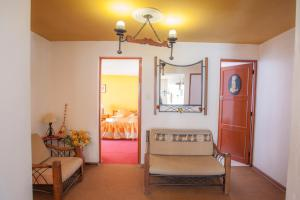 Alojamiento Soledad, Bed and breakfasts  Huaraz - big - 54