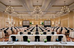 Waldorf Astoria Orlando (34 of 47)