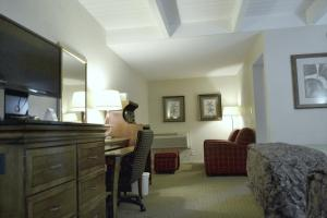 King Suite with Two Queen Beds - Non-Smoking