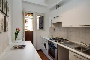 Romefinestay Apartments Sistina, Apartments  Rome - big - 9
