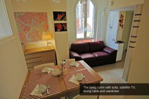 Apartment Sant'Onofrio, Apartments  Rome - big - 33