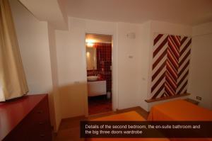 Apartment Sant'Onofrio, Apartments  Rome - big - 25