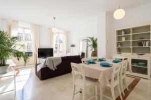 Ahro Suites, Апартаменты  Малага - big - 46