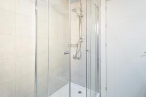 Ahro Suites, Апартаменты  Малага - big - 22