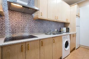 Ahro Suites, Апартаменты  Малага - big - 27