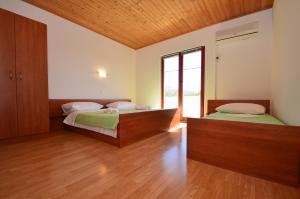 Apartments CICO Starigrad Paklenica, Ferienwohnungen  Starigrad-Paklenica - big - 24