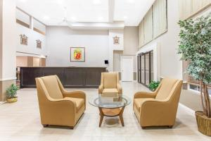 Super 8 by Wyndham Oklahoma City, Hotel  Oklahoma City - big - 38