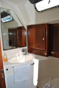 3 Bedroom Boat