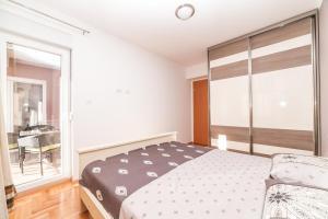Apartman Marija, Apartments  Budva - big - 7