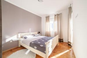 Apartman Marija, Apartments  Budva - big - 13