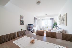 Apartman Marija, Apartments  Budva - big - 21