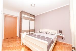 Apartman Marija, Апартаменты  Будва - big - 26