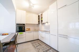 Apartman Marija, Apartments  Budva - big - 28