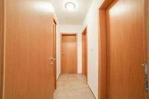 Apartman Marija, Apartments  Budva - big - 31