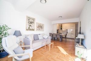 Apartman Marija, Apartments  Budva - big - 32
