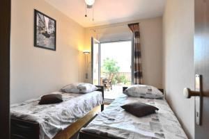 Dream Vacation, Apartments  Podstrana - big - 8