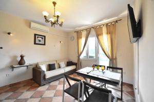Dream Vacation, Apartments  Podstrana - big - 4