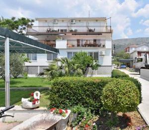 Dream Vacation, Apartments  Podstrana - big - 5