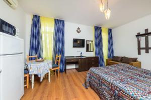 De-Marko, Hotely  Anapa - big - 25