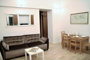 One bedroom Labdariu, Appartamenti  Vilnius - big - 33