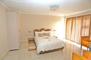 Etuna Guesthouse Court, Vendégházak  Ongwediva - big - 18