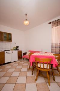 Apartments Vila Miranda, Apartmanok  Barbat na Rabu - big - 23