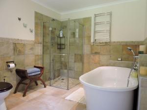 Deluxe-3-personersværelse med badekar